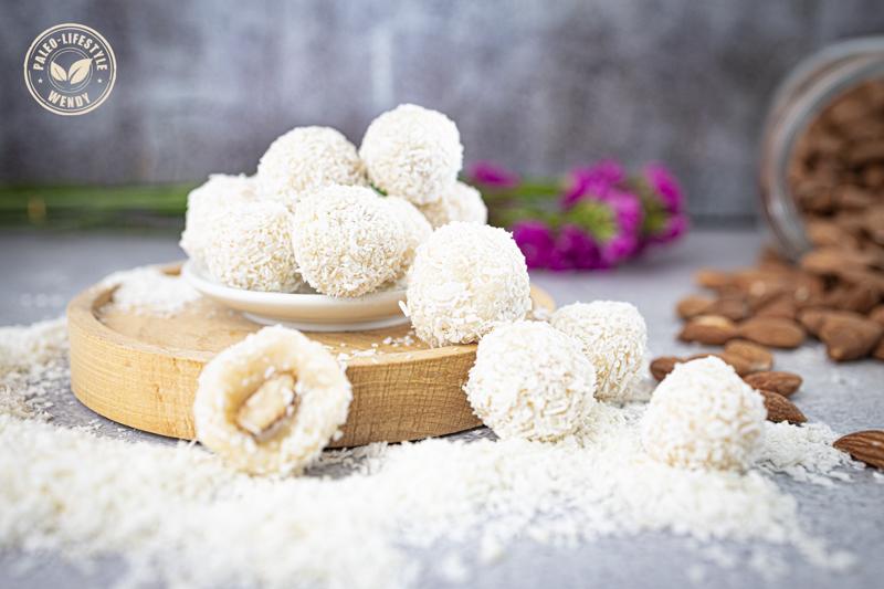 Paleo Rafaello - kokos-amandel bonbons